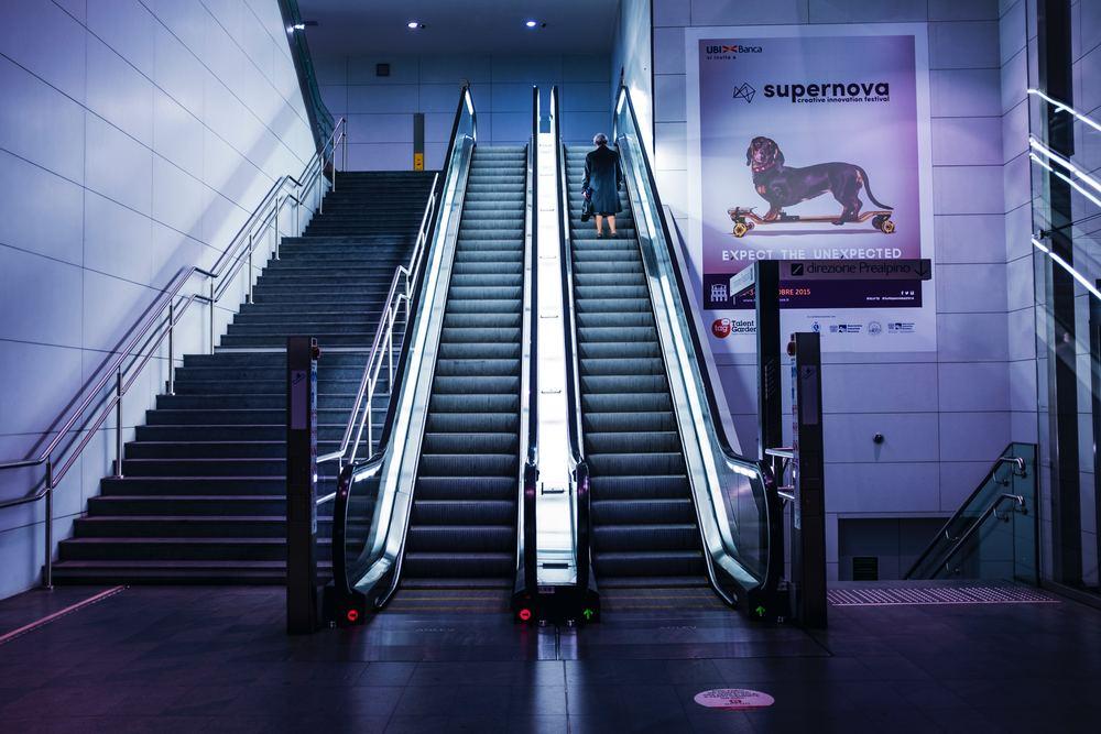 Service av rulltrappor
