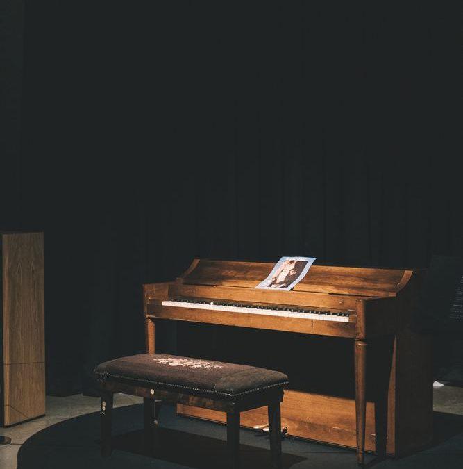 Piano eller gitarr?
